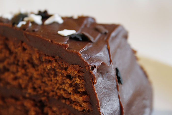 honey-chocolate-cake