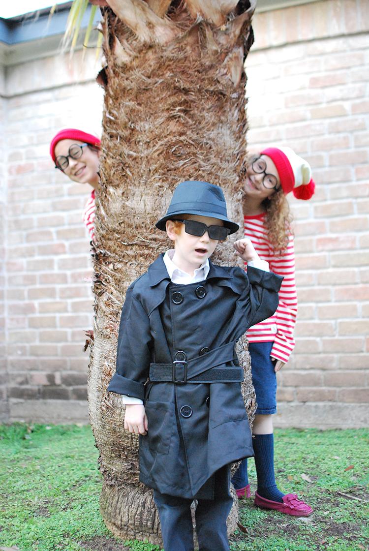Agent Emes Purim Costume